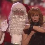 Reba : Santa Claus Is Coming To Town Video