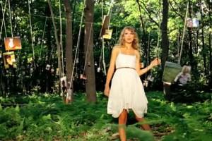 Taylor Swift : Mine Video