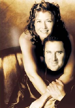 Simply Christmas with Amy Grant and Vince Gill | ACountry