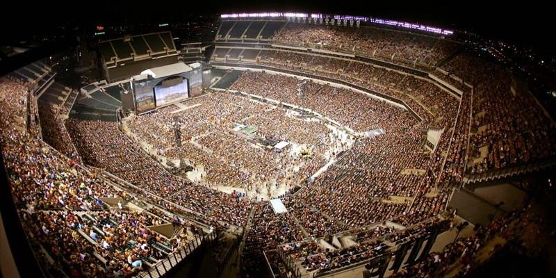 Kenny Chesney Announces 2016 Stadium Tour