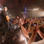 Garth Brooks Chicago Dive Bar Concert